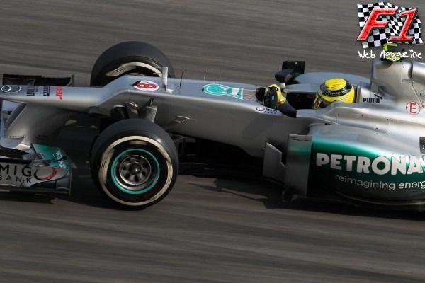 Rosberg vince Gp Cina, 9/a la Ferrari di Alonso