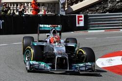 Schumi in pole, ma retrocesso - Schumacher 2