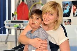Damian Singh con la mamma Magdalena