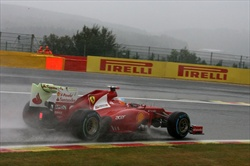 In Belgio, vola la Ferrari di Alonso - Alonso