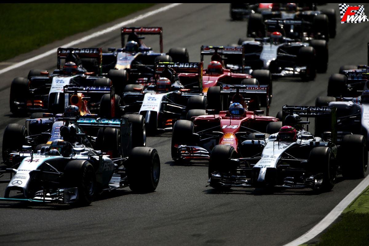Le monoposto alla prima curva del Gp Italia 2014