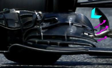 Gp Monaco: McLaren MP4-31 con l'ala anteriore 'mista'