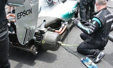 Tecnica:come fanno i team a 'giocare' con la pressione delle gomme?