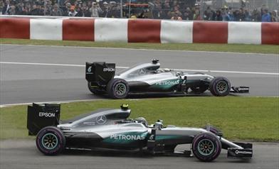 Gp Canada 2016 - Le due Mercedes si toccano di nuovo