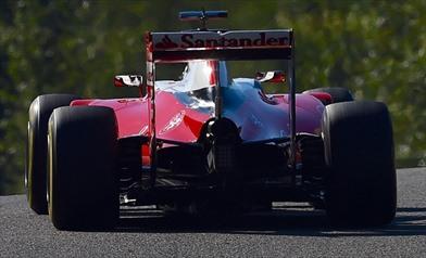 Gp Belgio: la Ferrari modifica il cofano motore