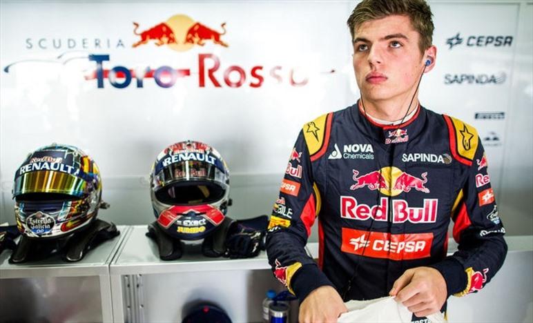 Wolff: Verstappen potrebbe finire contro un muro