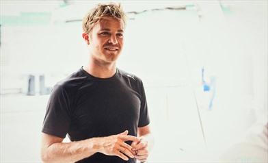 Rosberg: Vettel si è scusato per lo scontro - Rosberg: Vettel si è scusato per lo scontro