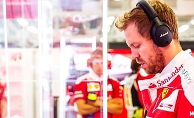 Penalità per Vettel: da terzo a quinto