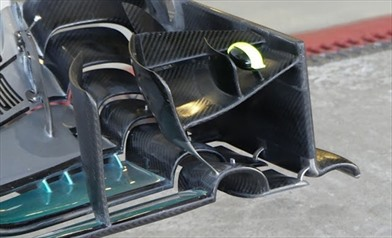Gp Abu Dhabi: Mercedes continua a testare la nuova ala anteriore - Gp Abu Dhabi: Mercedes continua a testare la nuova ala anteriore