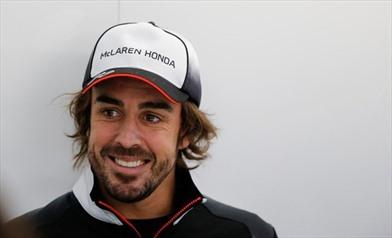 Fernando Alonso resta in McLaren