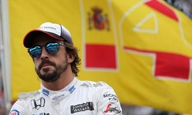 Alonso: coccole alla Ferrari ma non si pente