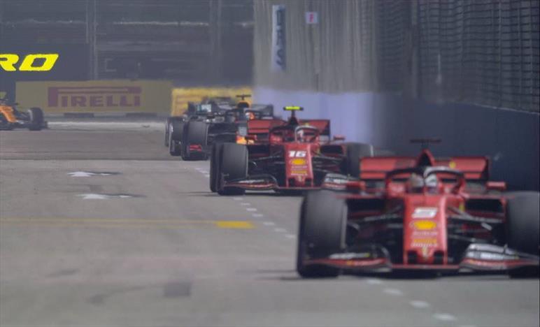 Doppietta e terza vittoria di fila per la Ferrari, ed è Vettel sul gradino alto
