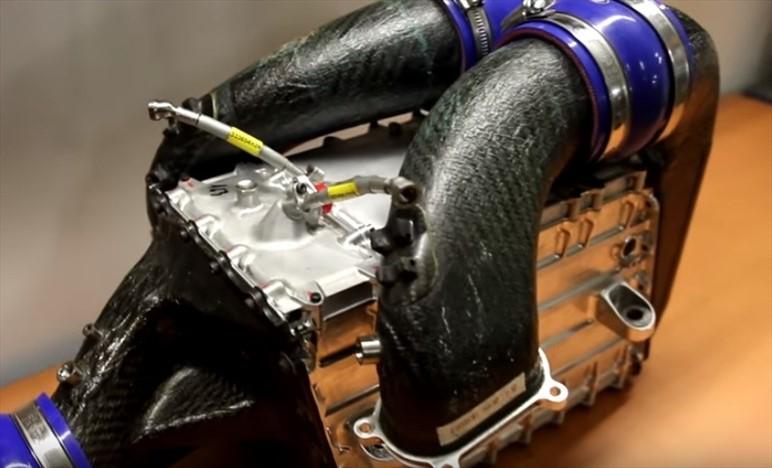 FERRARI: l'intercooler smontato contiene oltre 16000 microtubi