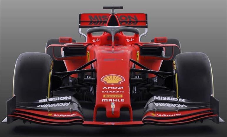 Ferrari, nata per stupire, pensata per vincere