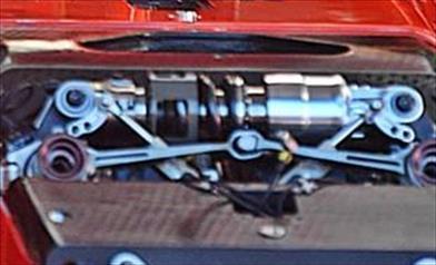 GP AUSTRALIA - FERRARI SF71H: il terzo elemento anteriore è rimasto a molla con comando idraulico