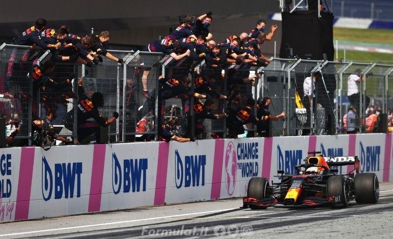 Gp Austria - Gara - Facile vittoria di Verstappen
