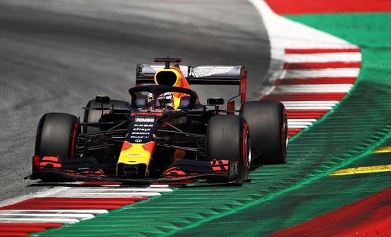 Gp d'Austria: Verstappen in prima fila grazie alla penalità di Hamilton, nono Gasly