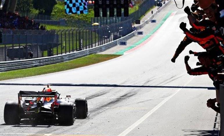 Gp d'Austria: Verstappen vince ed interrompe la serie di vittorie Mercedes