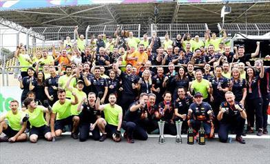 Gp del Brasile: Verstappen vince, mentre Hamilton toglie ad Albon la gioia del podio