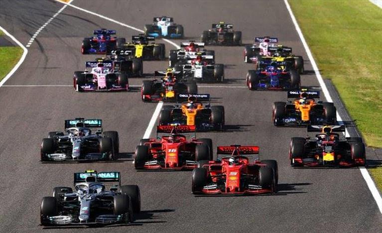 Gp del Giappone: gara rovinata in partenza per la Ferrari, secondo Vettel