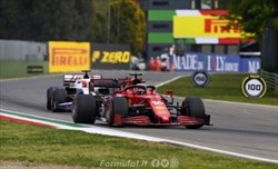 Gp Emilia Romagna - Ferrari, inizio col botto ma la macchina è buona