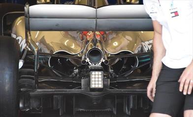 GP FRANCIA - MERCEDES W09: Hamilton con il nuovo diffusore, Bottas con il vecchio