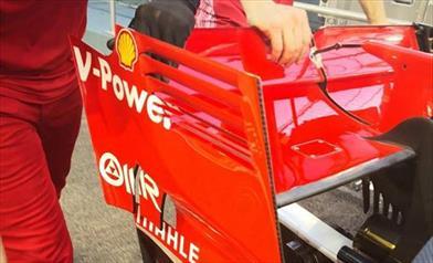 GP SINGAPORE - FERRARI SF71H: ala posteriore con endplate forati