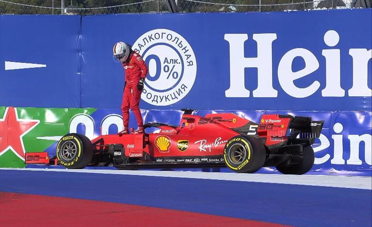 Il Gp di Russia Ferrari: dalla possibile doppietta al terzo posto di Leclerc è un attimo