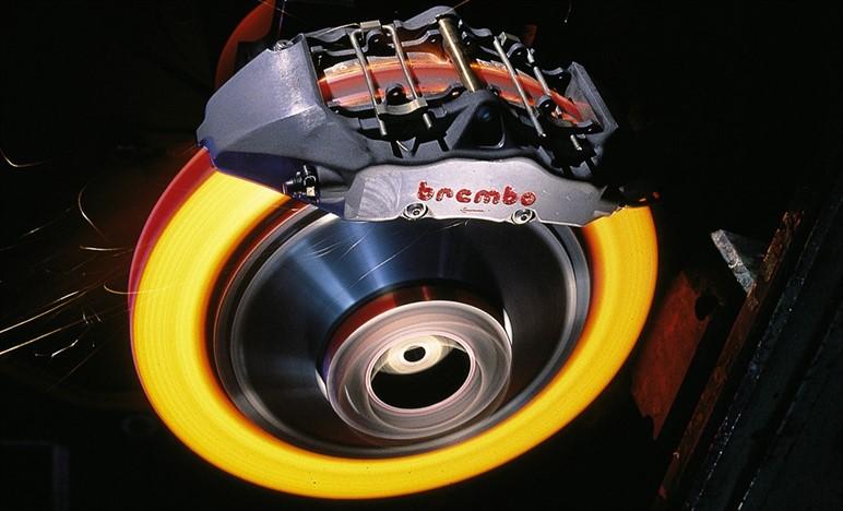 Nuovi impianti frenanti Brembo per il Campionato del Mondo di Formula Uno 2017