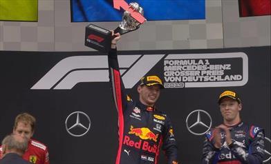 Pazza Germania, vince Verstappen, secondo Vettel, Hamilton senza punti