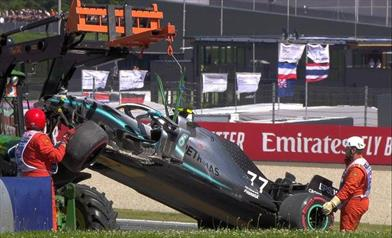 Prove libere Austria: Bottas a muro, Hamilton danneggia l'ala anteriore in due occasioni