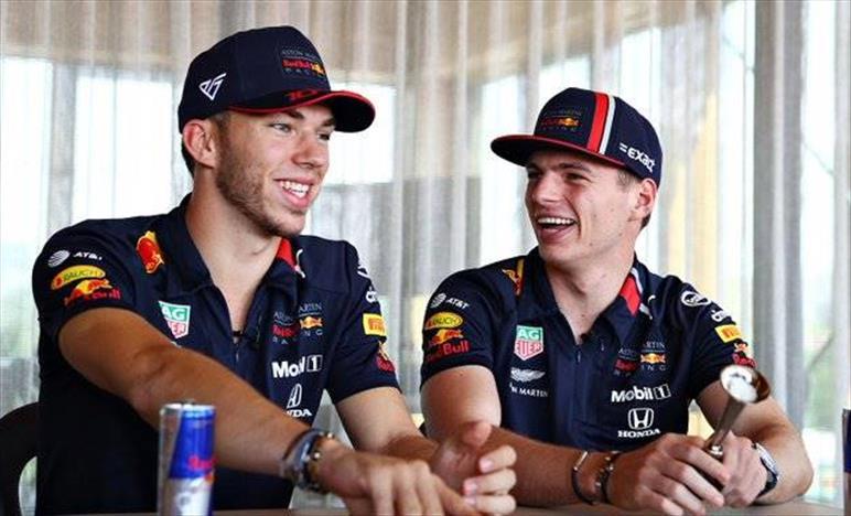Red Bull competitiva in un pazzo venerdì Ungherese