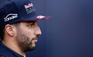 Ricciardo, peccato per l'ennesima penalità, in gara mi divertirò
