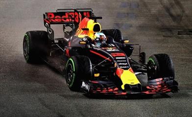 Ricciardo: secondo, anche con qualche problema al cambio