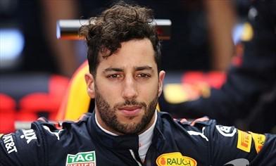 Ricciardo: sostituzione del cambio e 5 posizioni di penalità