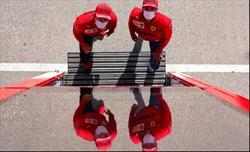 Sainz e Leclerc stili diversi, ma Carlos impara in fretta