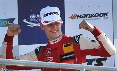 Schumacher afferma: il paragone con papà non mi pesa,è il più grande