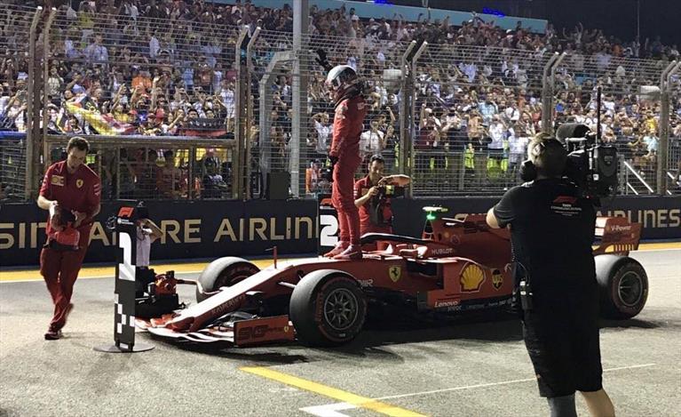 Singapore: terza Pole consecutiva per Leclerc, terzo Vettel