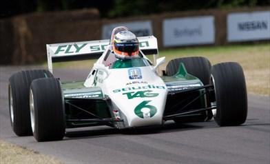Foto https://www.ultimatecarpage.com/car/3240/Williams-FW08-Cosworth.html