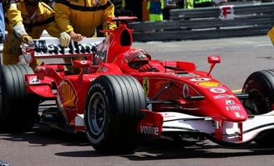 Foto https://www.formula1.com/en/latest/features/2015/5/do-you-remember----schumacher-s-rascasse-antics-spark-outcry.html