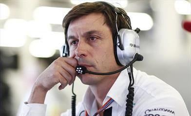 Team principal Mercedes non sottovaluta la Ferrari