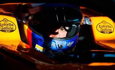 TEST F1 - Day 6: Carlos Sainz davanti a tutti, Vettel contro il muro in curva 3