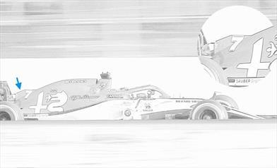 TEST F1 / GIORNO 4 - ALFA ROMEO RACING C38: Raikkonen ha testato un cofano motore con deck wing