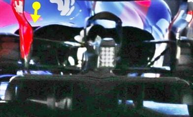 TORO ROSSO STR12: due cofani motore maggiorati per dare aria alla PU Renault