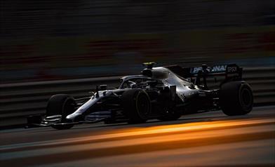 Venerdì ad Abu Dhabi: Bottas concentrato sulla gara, Hamilton fa esperimenti