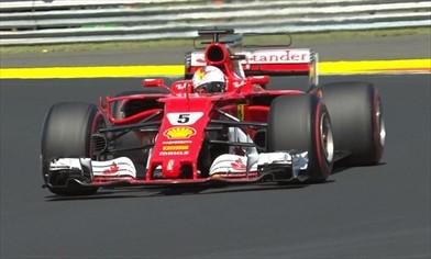 Vettel in Pole e prima fila tutta Ferrari in Ungheria