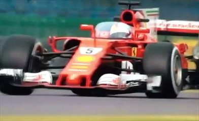 Video: la Ferrari SF70H in pista con lo shield