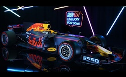 Video: Red Bull RB13 - Rompere la tradizione, rompere la superstizione
