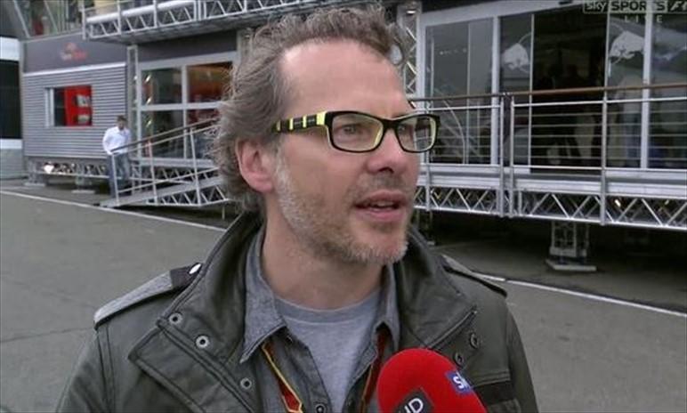Villenueve: colpa di Vettel per il crash al via